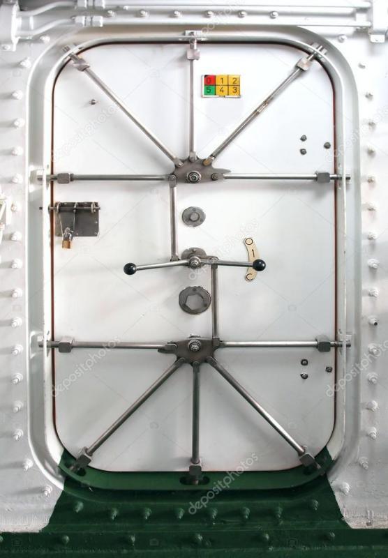 depositphotos_13843013-stock-photo-watertight-door-on-a-ship.jpg